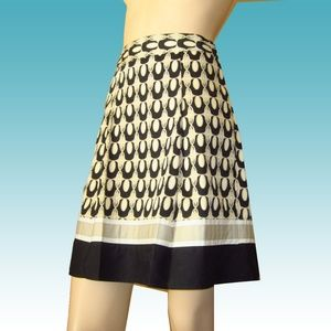 ANN TAYLOR Petite Geo Flare Skirt TOTALLY CUTE